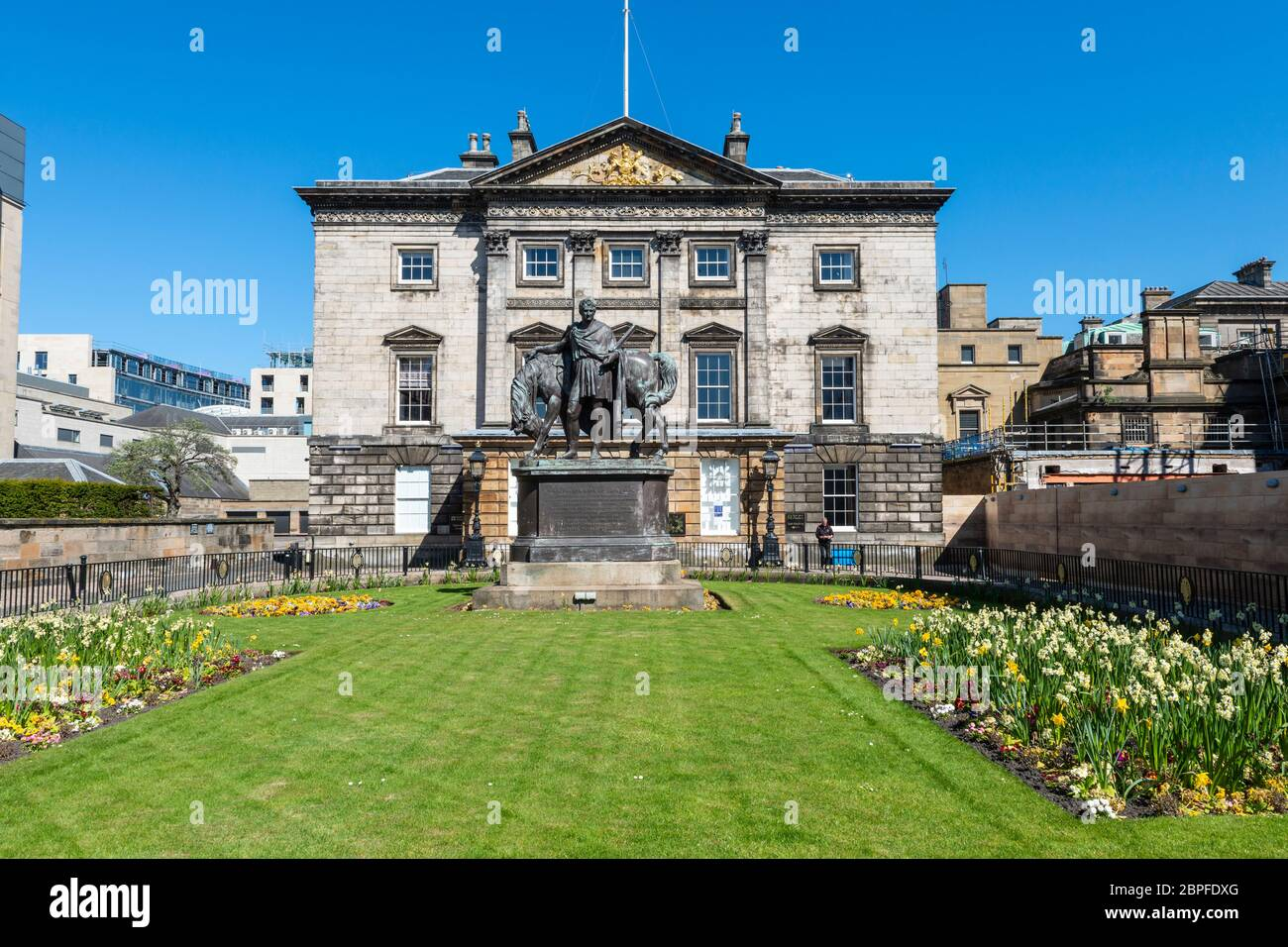 Dundas House, Royal Bank of Scotland head office, with statue of John Hope in garden in front - St Andrew Square, Edinburgh New Town, Scotland, UK Stock Photo