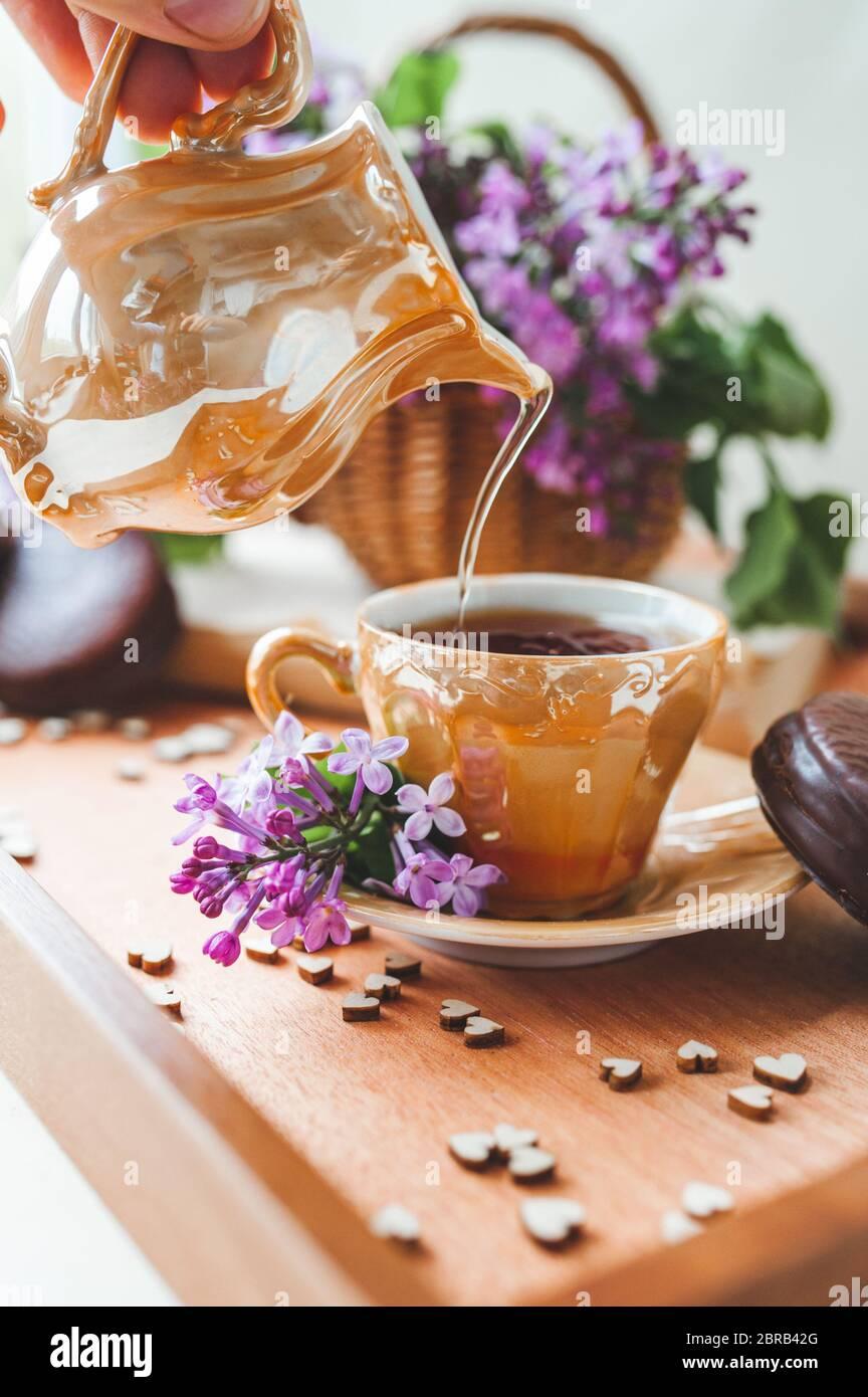 Cup and Mug Tea Bag Tray Flower Pearl Hyacinth