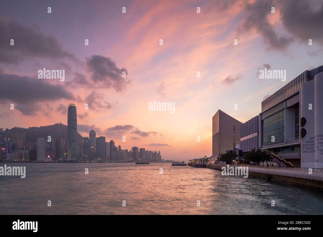 Hong Kong Island skyline and Museum of Art at sunset, Hong Kong Stock Photo