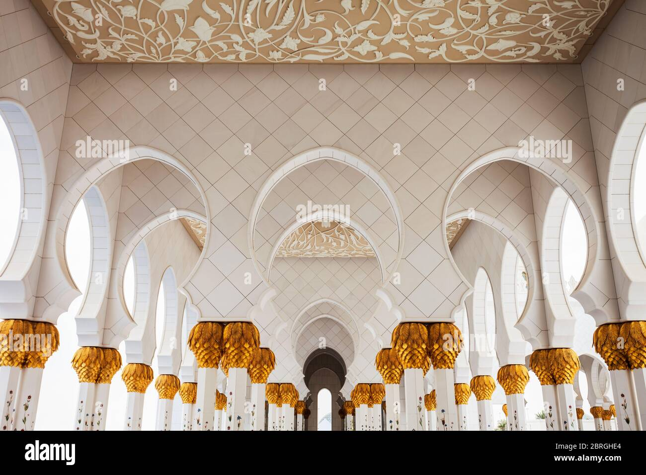 Sheikh Zayed Grand Mosque Interior The Largest Mosque Of Uae Located In Abu Dhabi Stock Photo Alamy