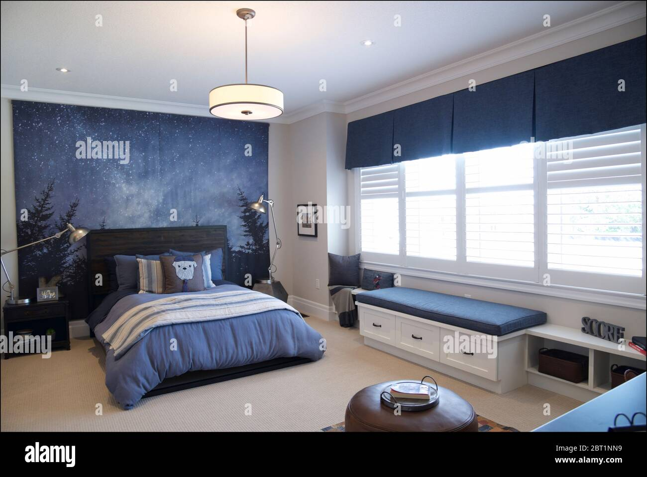 Kleinburg Ontario Canada 08 31 2019 Bedroom Interior Home Architecture Photos Of The Bedroom Interior Stock Photo Alamy