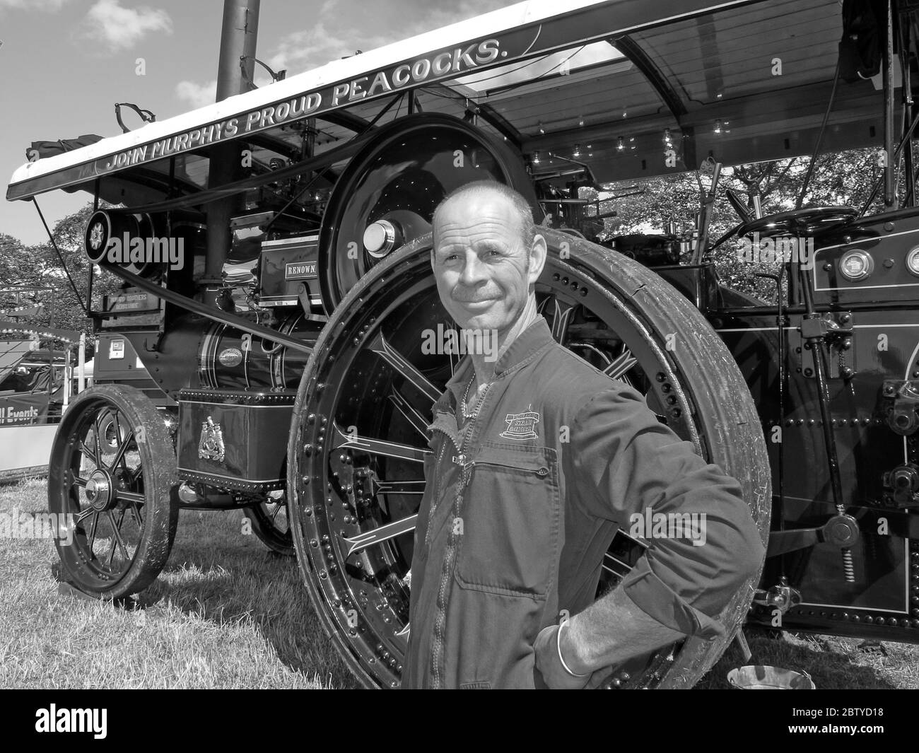 John Murphys proud Peacocks,steam traction engine (Renown) and operator, Leicestershire, England UK - Showmans Engine Stock Photo