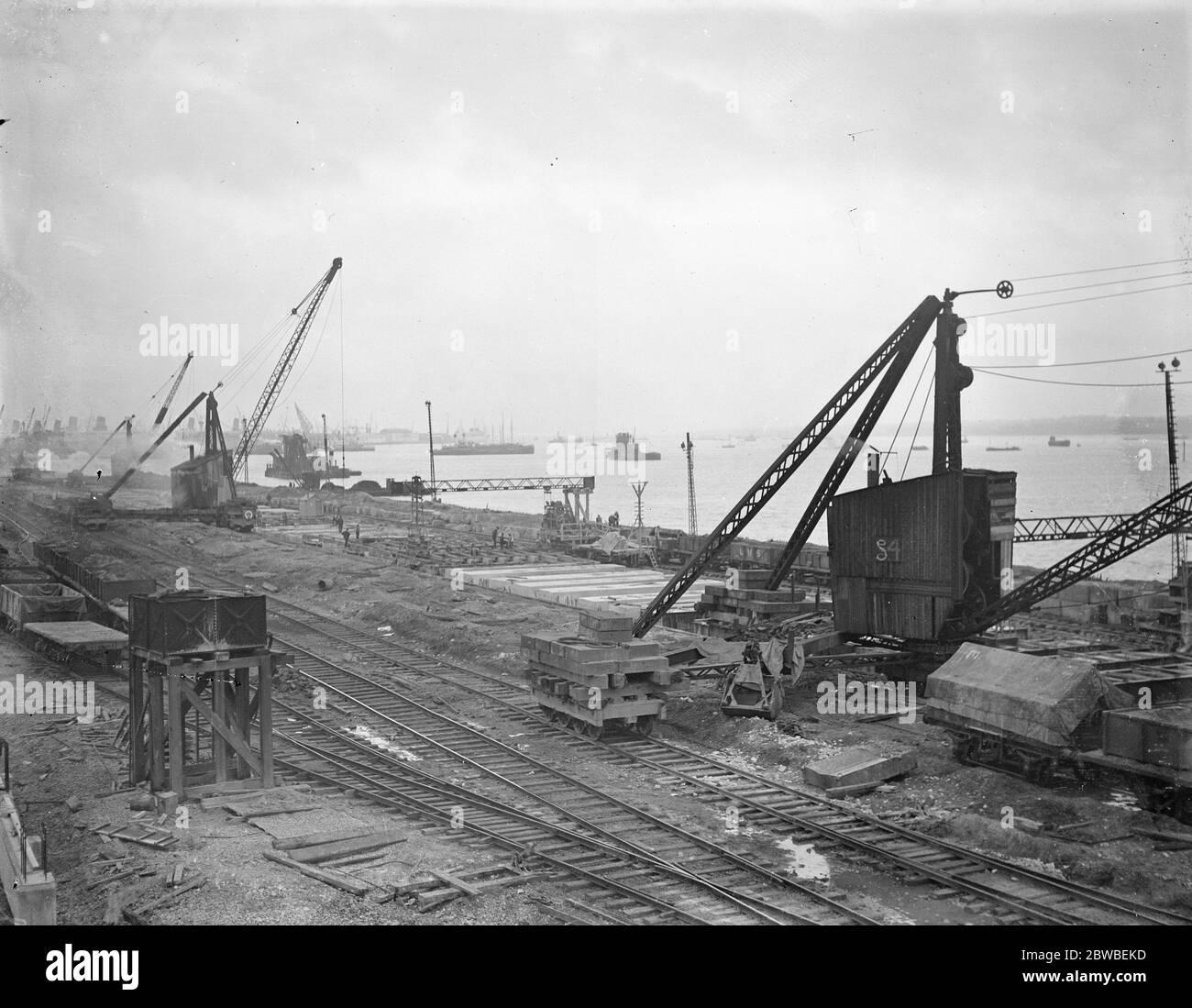 Panoramic view of work in progress on the new Southern Railway graving dock at Southampton which will be the largest in the world 6 October 1931 Stock Photo