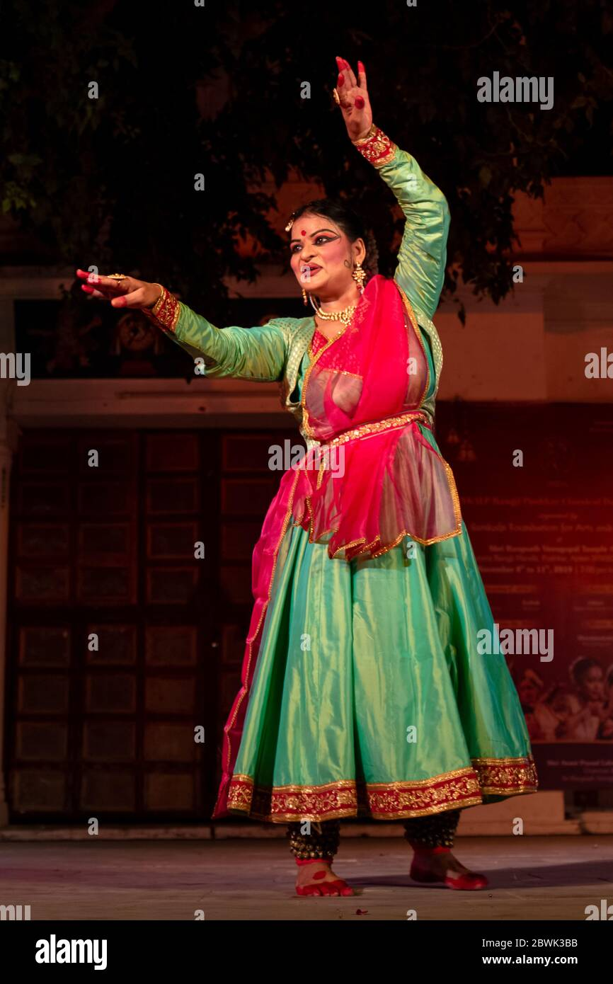 Kathak Dance High Resolution Stock Photography And Images Alamy