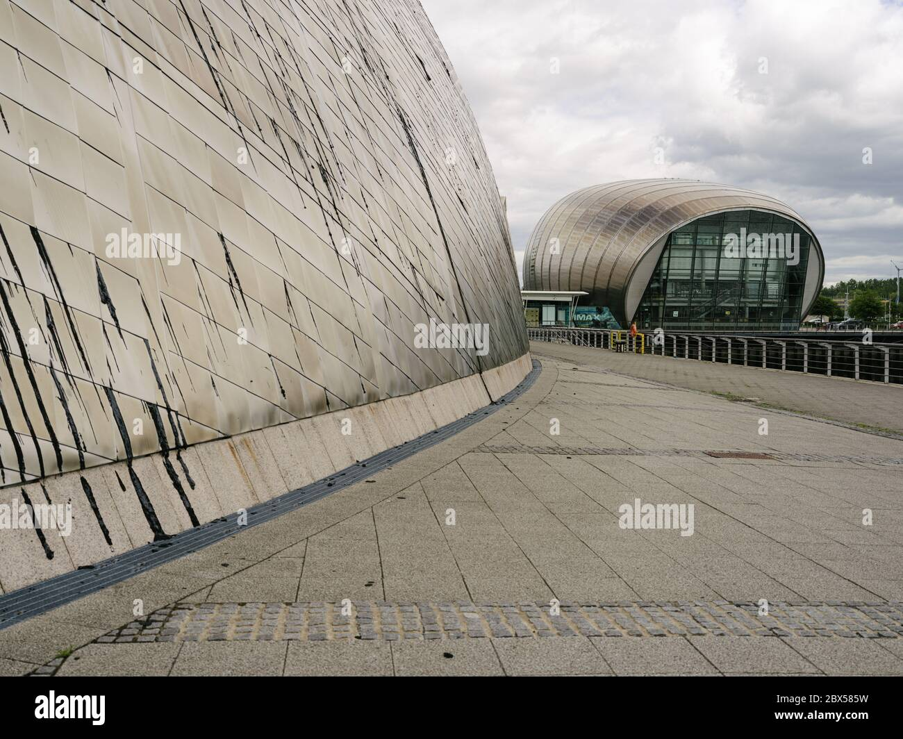 Glasgow Science Centre and the Imax Cinema on the redeveloped and regenerated Pacific Quay and Princes Dock Basin on the river Clyde.. Stock Photo