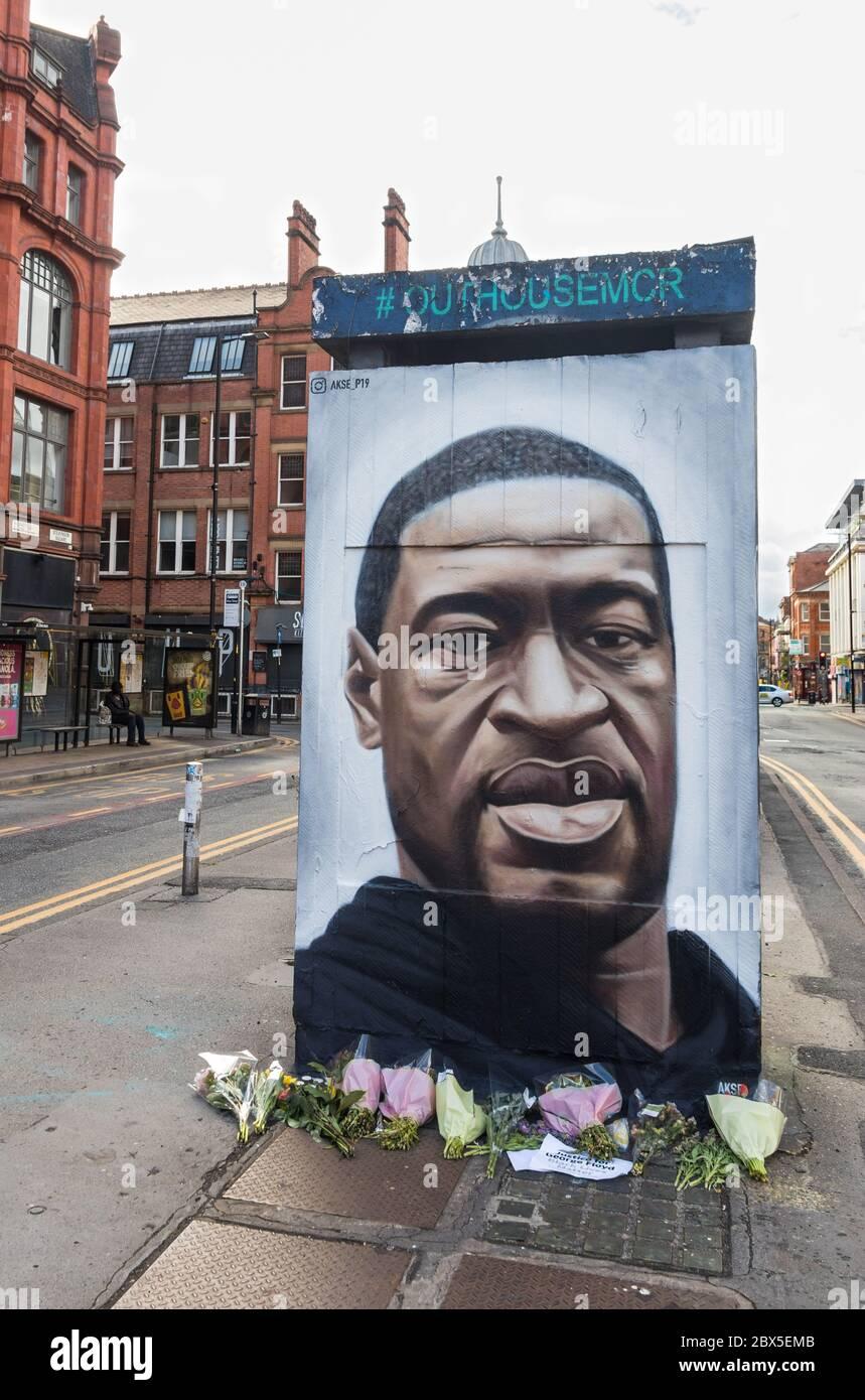 Black Lives Matter - Tribute painted mural by street artist Akse of George Floyd in Northern Quarter, Manchester, England Stock Photo