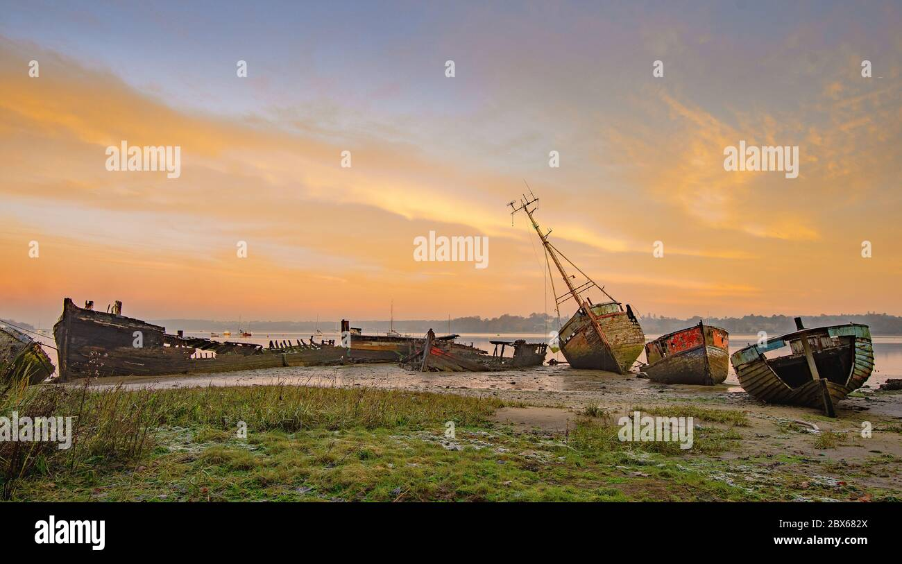 Boat wrecks at Pin Mill, on the river Orwell in Suffolk Stock Photo