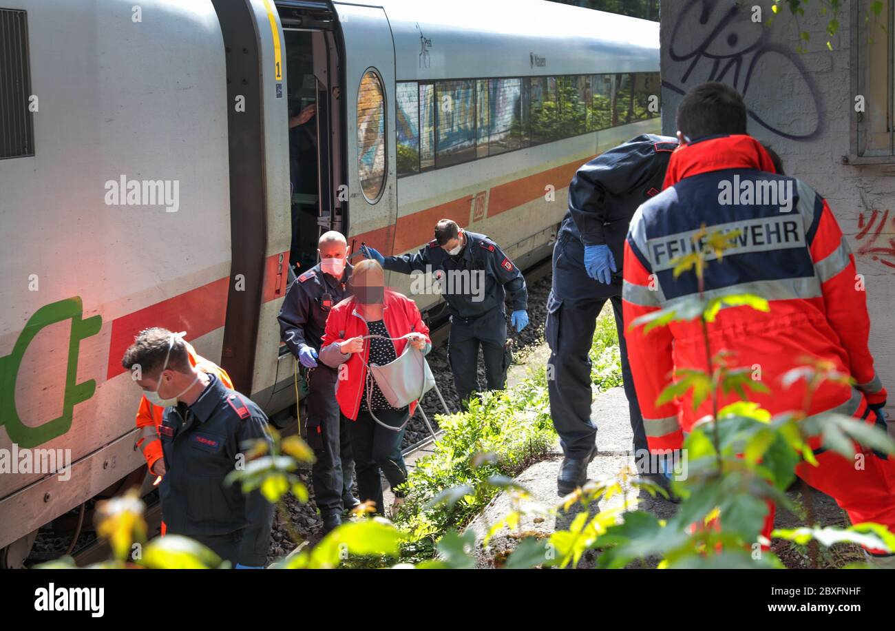 Wuppertal Germany 06th June 2020 Rescue Workers Help Evacuate