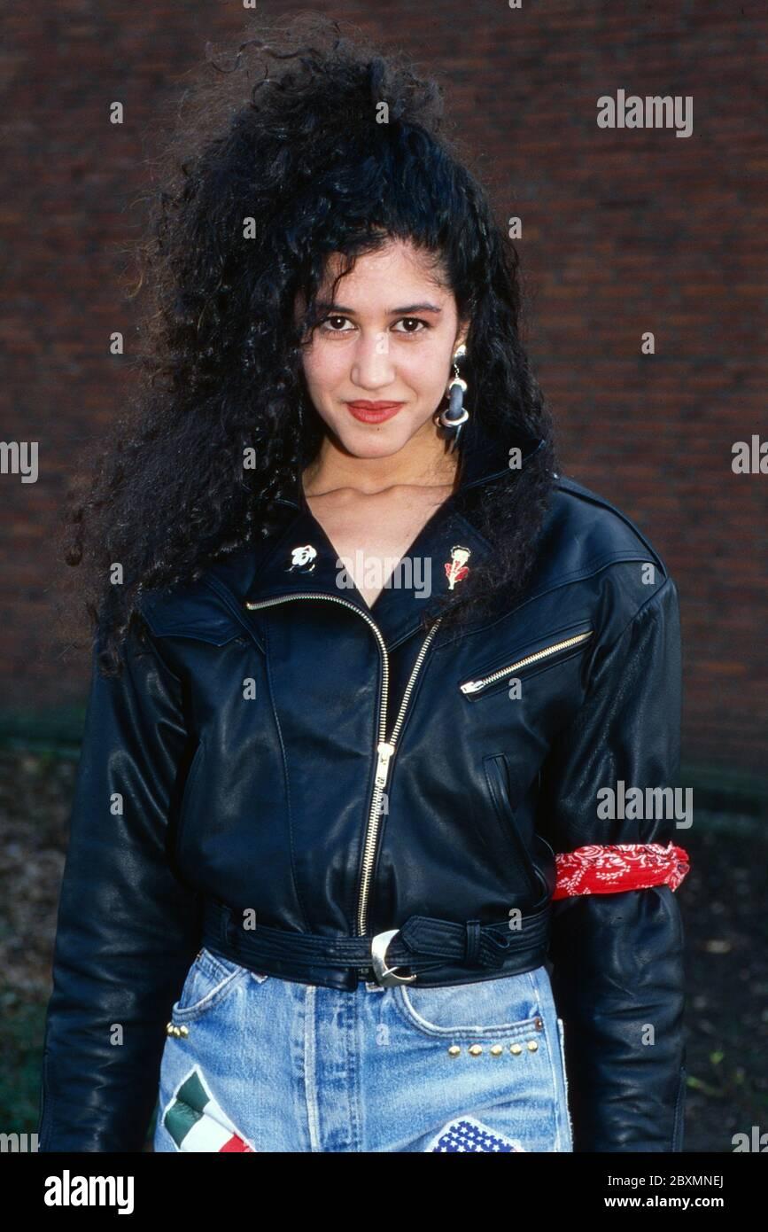 Die Spielbude, Unterhaltungsshow, Deutschland 1982 - 1989, Gaststar: Sängerin Mennana Stock Photo