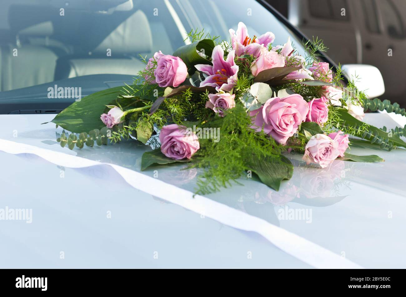 Wedding Car Flowers Decoration High Resolution Stock Photography And Images Alamy