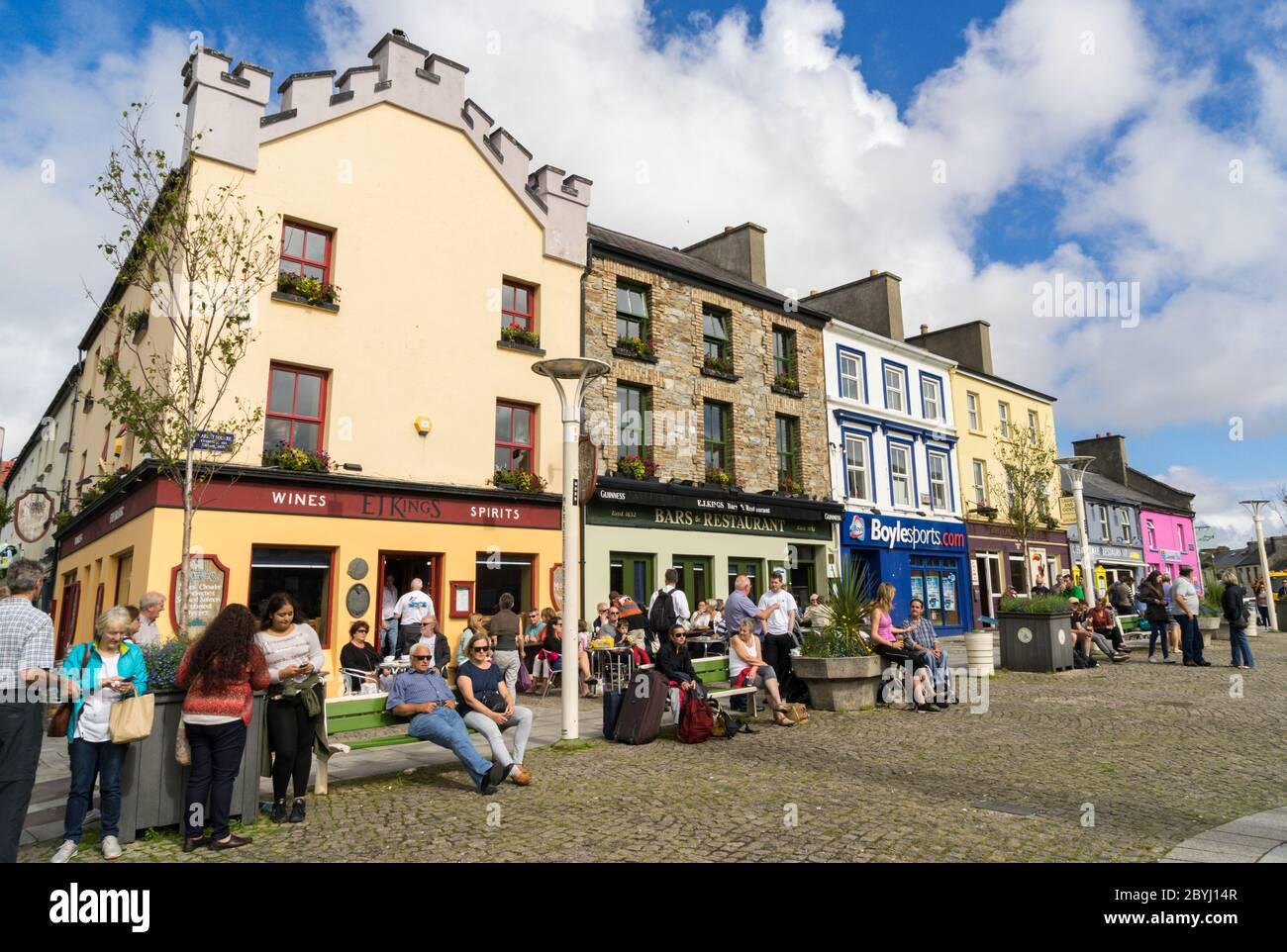 The Central Bar on Main Street (Clifden) - 2020 - TripAdvisor
