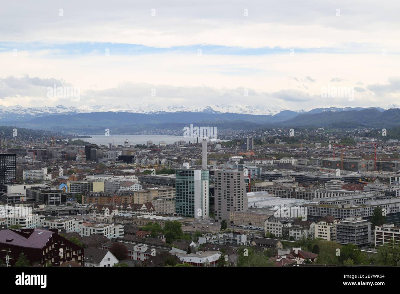 Zurich, in the background Lake Zurich and the mountains, view from Hönggerberg, Switzerland Stock Photo