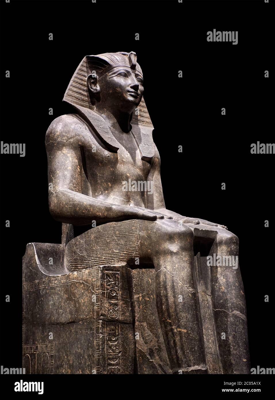 Ancient Egyptian statue of Tuthmosis II, granodorite, New Kingdom, 18th Dynasty, (1479-1425 BC), Karnak, Temple of Amun. Egyptian Museum, Turin. black Stock Photo