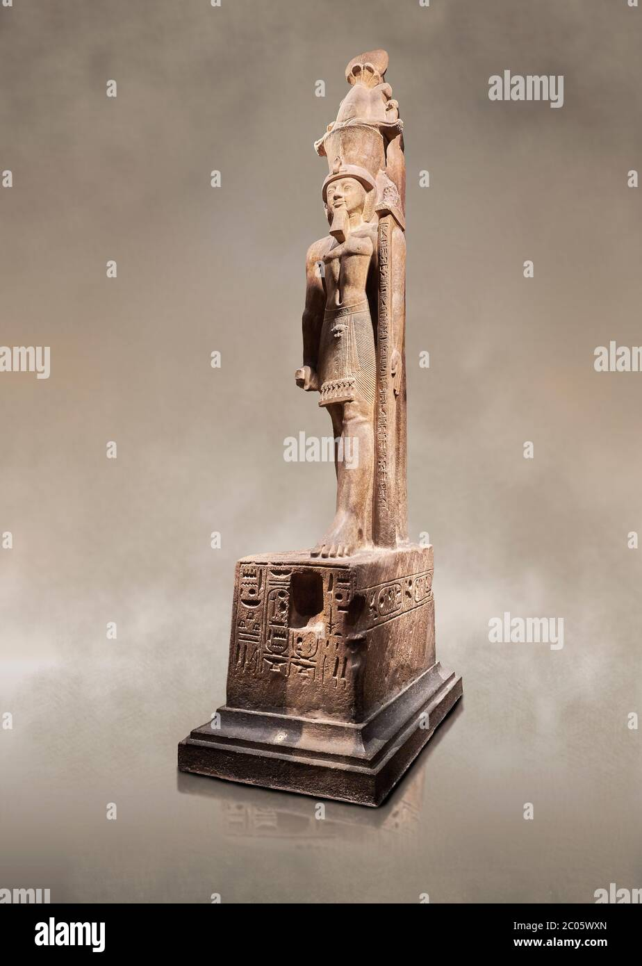 Colossal ancient Egyptian statue of Sethy II, sandstone, New Kingdom, 19th Dynasty, (1202-1198 BC), Karnak Temple of Amon. Egyptian Museum, Turin. Gre Stock Photo