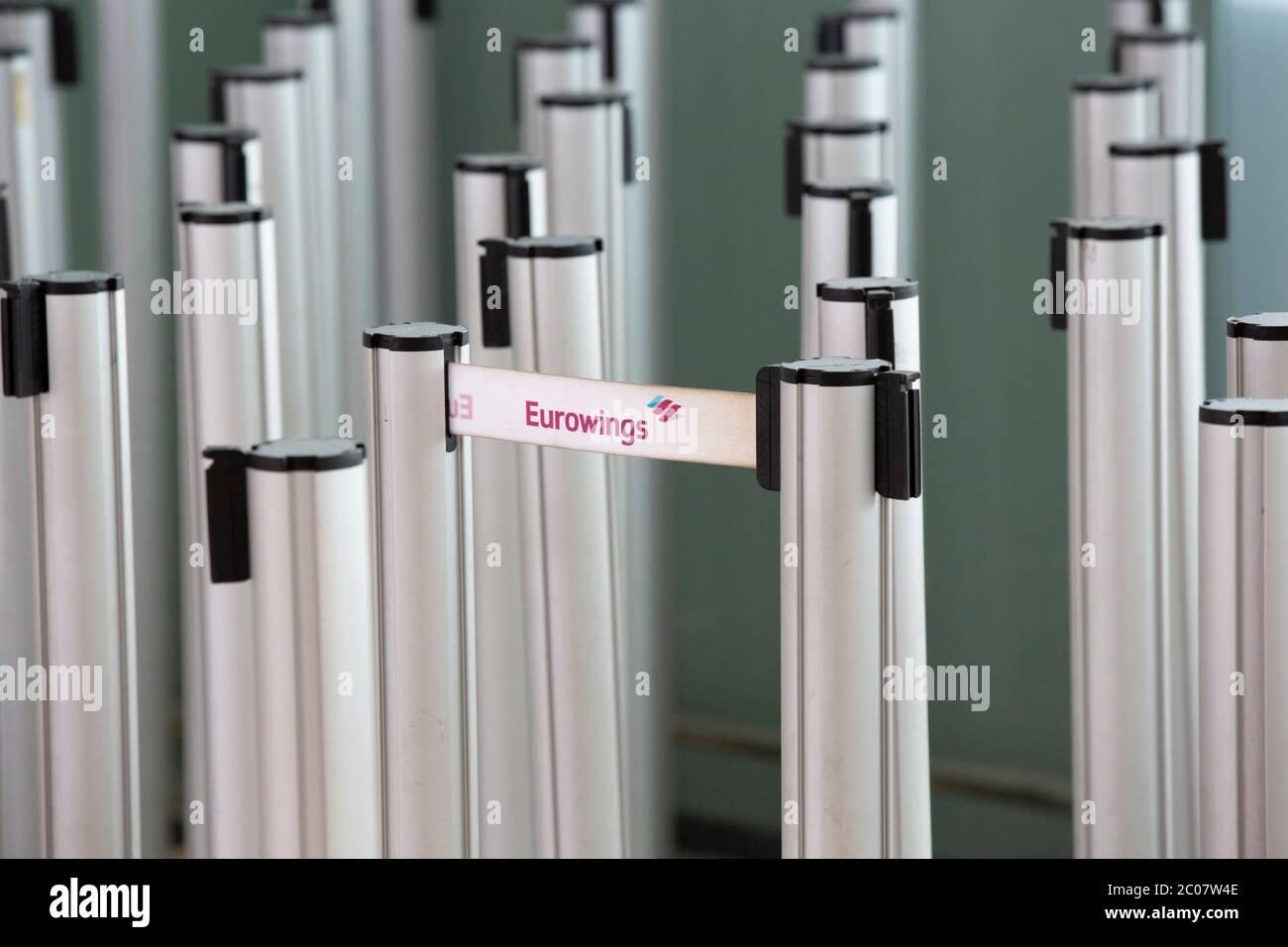 Auswirkung am Flughafen Köln/Bonn Passagierrückgang im Zusammenhang mit der weltweiten Ausbreitung des Coronavirus. Köln, 14.03.2020 Stock Photo