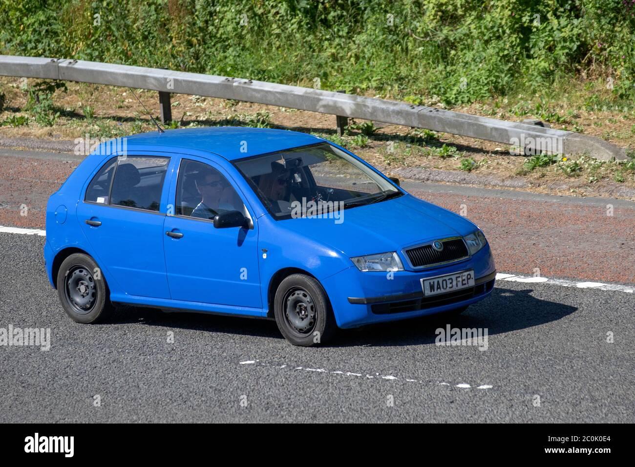 [Image: 2003-blue-koda-fabia-classic-12-htp-54-v...C0K0E4.jpg]