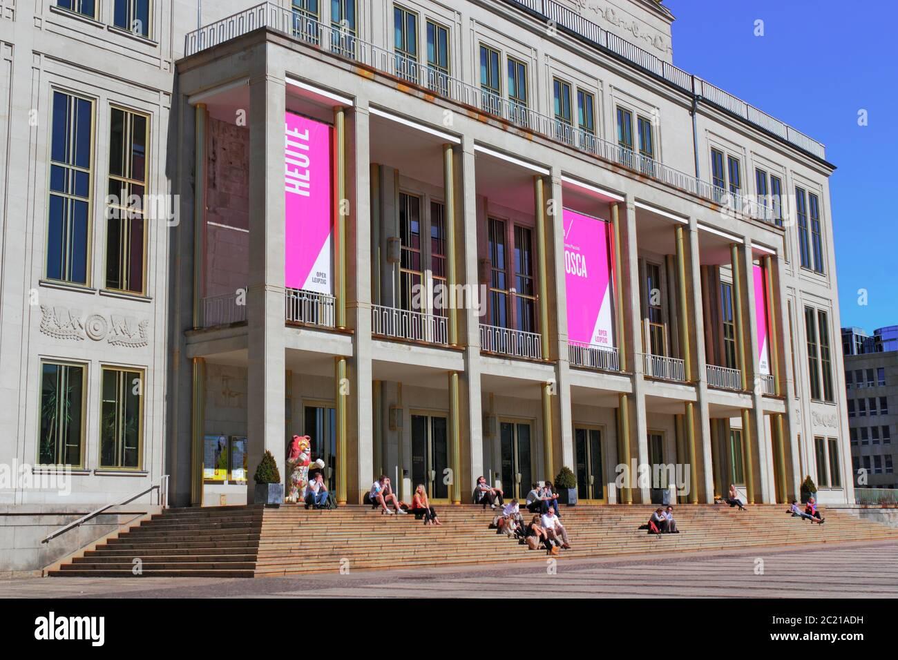 Leipzig Opera House Stock Photo Alamy