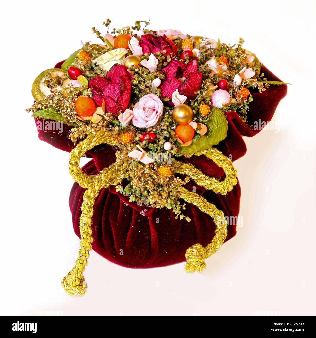 Dry Flowers Arrangement High Resolution Stock Photography And Images Alamy