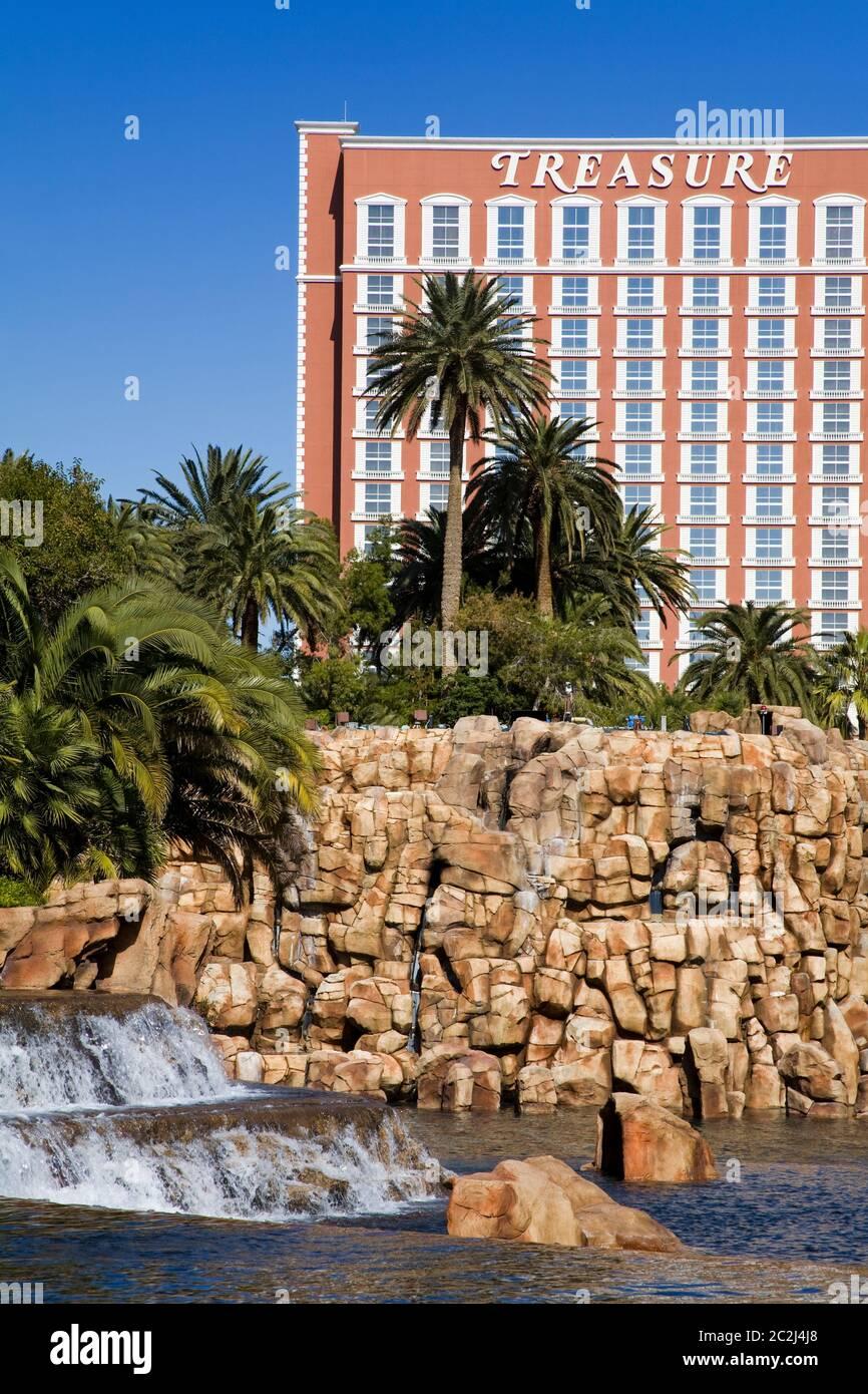 Treasure Island Casino Mirage Casino Gardens Las Vegas Nevada Usa Stock Photo Alamy