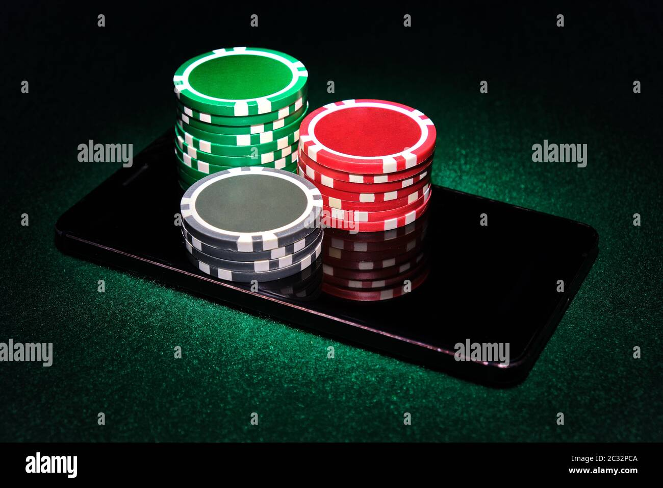 Holdem Poker Mobile Game App High Resolution Stock Photography And Images Alamy