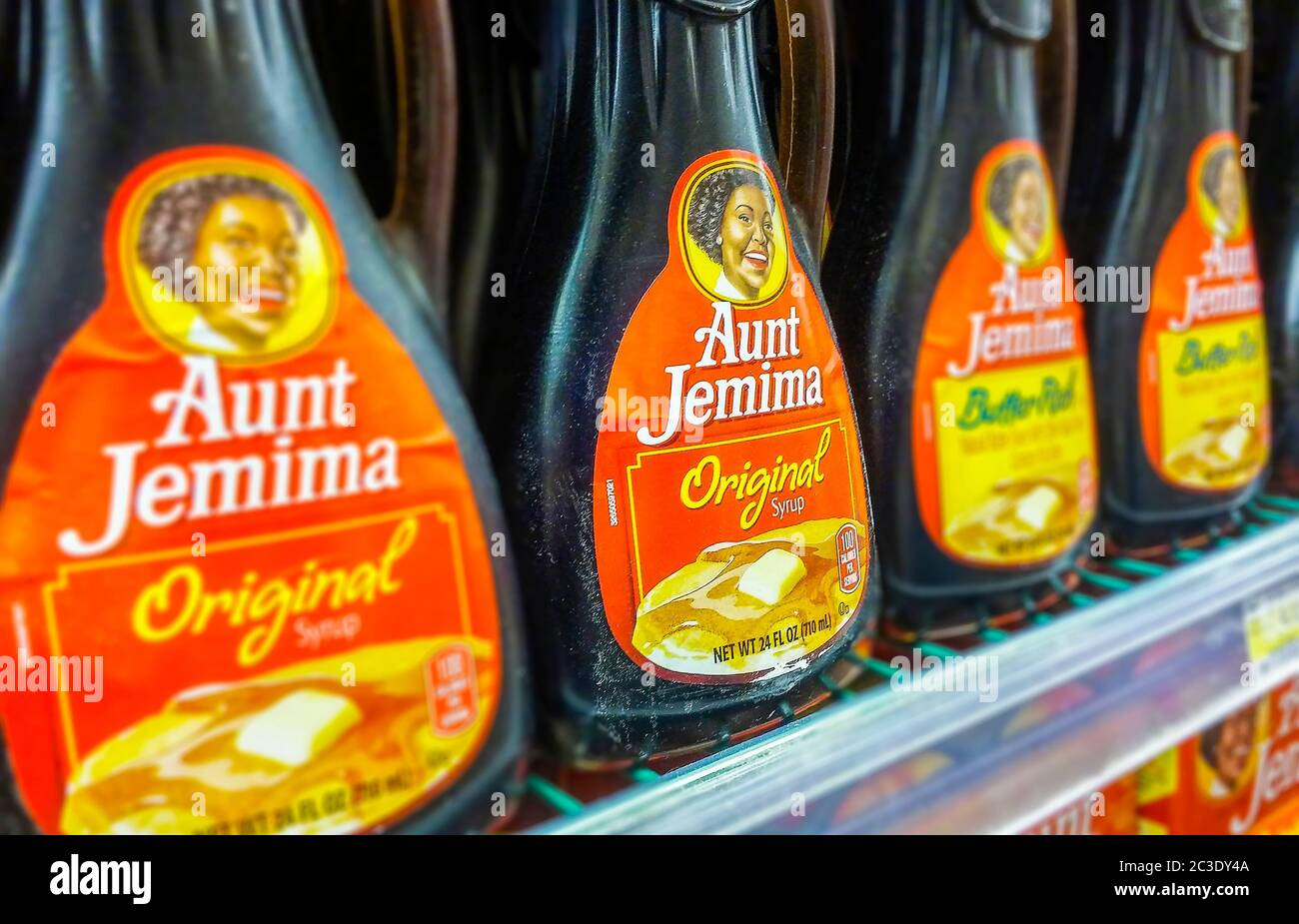 Bottles of PepsiCo's Quaker Oats' Aunt Jemina brand maple flavored syrup in a supermarket in New York on Wednesday, June 17, 2020. Quaker Oats announced that it will retire the 131 year old brand citing its name and imagery redolent of slavery-era South.(© Richard B. Levine) Stock Photo