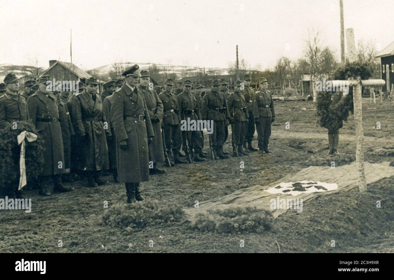 events, Second World War / WWII, Russia, behind the front, funeral of a German aviator who was killed in action, Eastern Front. Stock Photo