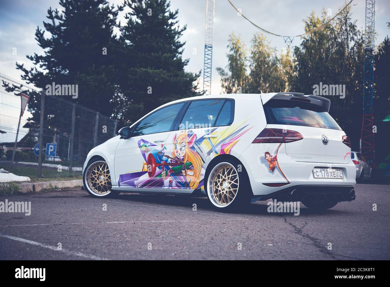 Page 3 Vinyl Wrap Car High Resolution Stock Photography And Images Alamy