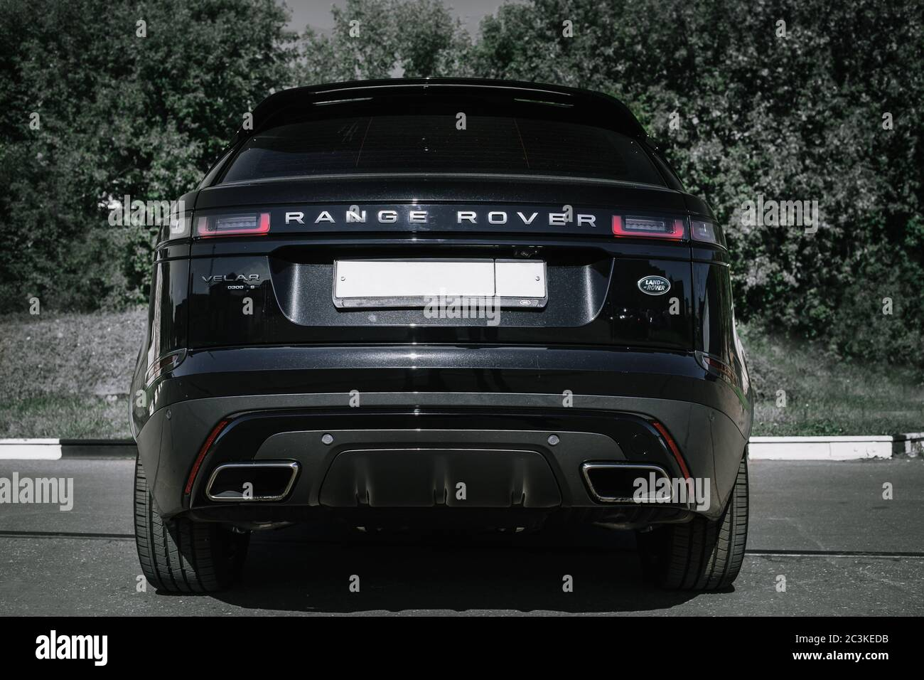 Moscow Autumn 2018 The Land Rover Range Rover Velar In Black Color Compact Luxury Crossover Suv In The Industrial Zone Stock Photo Alamy