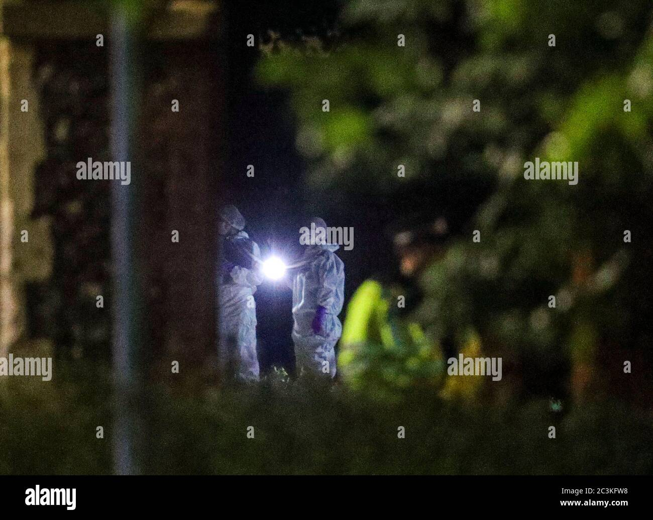 """Forensic officers at Forbury Gardens in Reading town centre where they are responding to a """"serious incident"""" Stock Photo"""