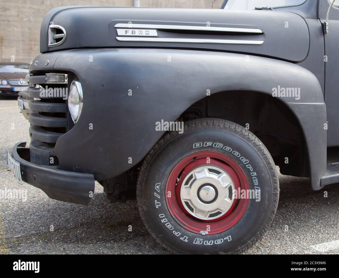 2020 Ford F100 Overview