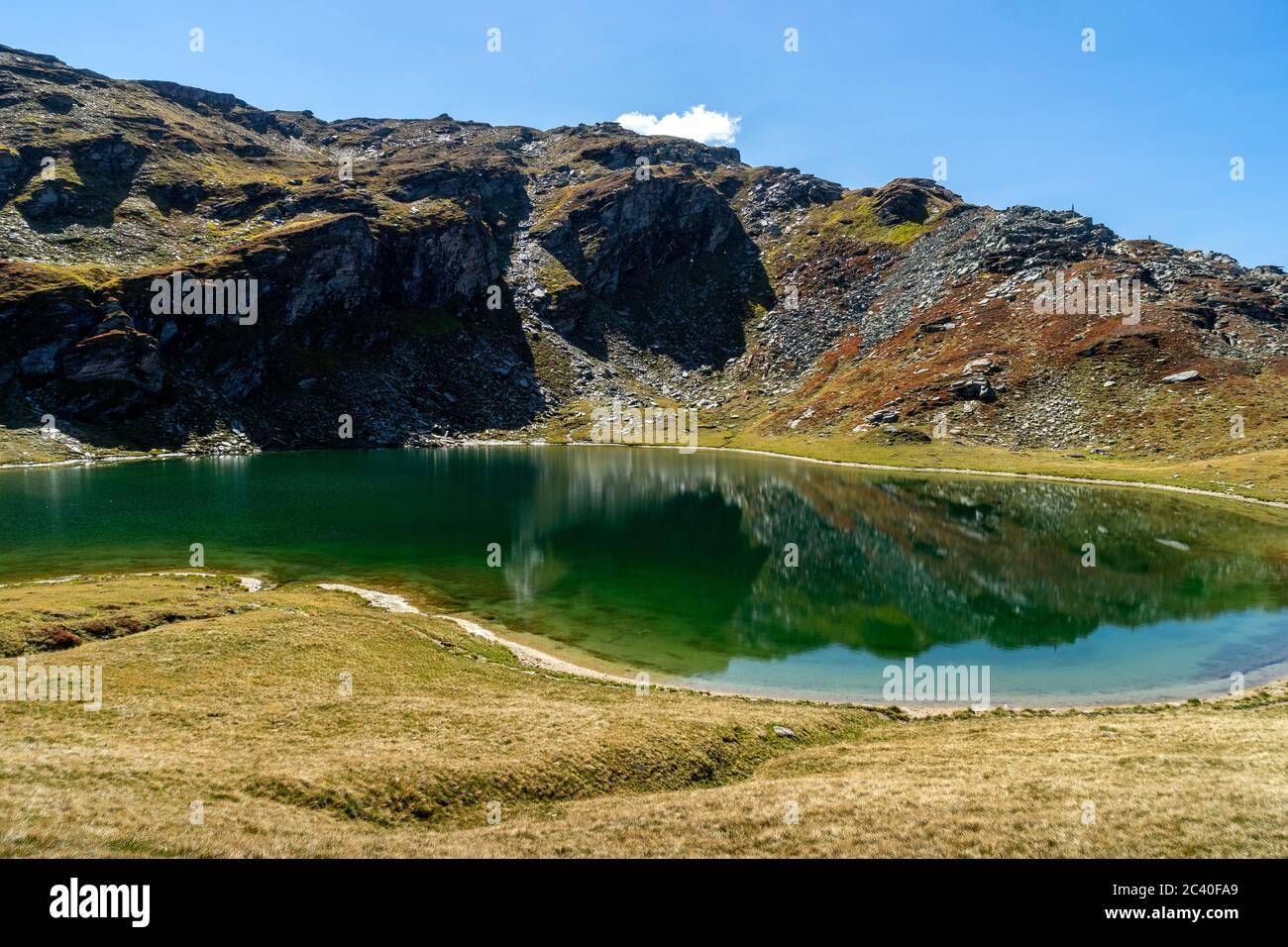 Der Selvasee über der Alp Selva, Zervreila-Region, Valser Tal, Graubünden. Stock Photo