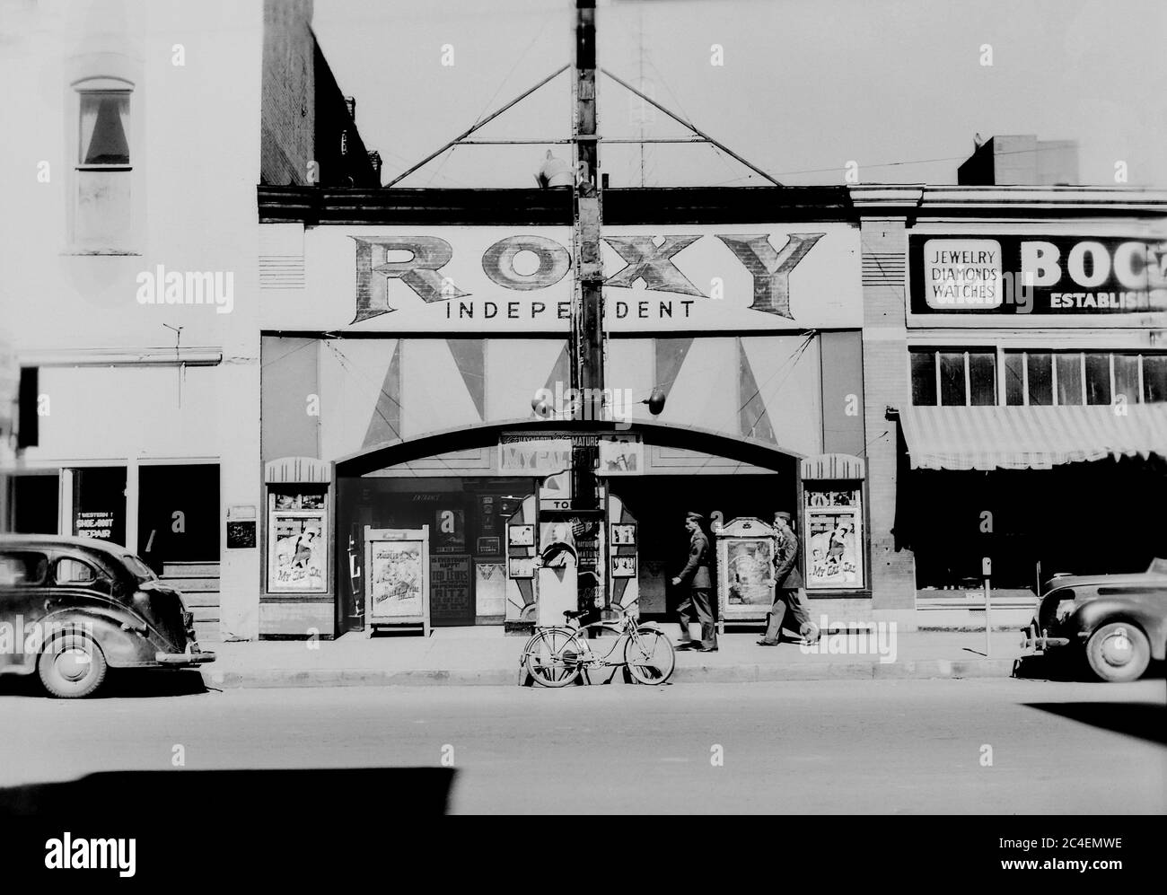 Street Scene, Muskogee, Oklahoma, USA, John Vachon, U.S. Office of War Information, November 1942 Stock Photo