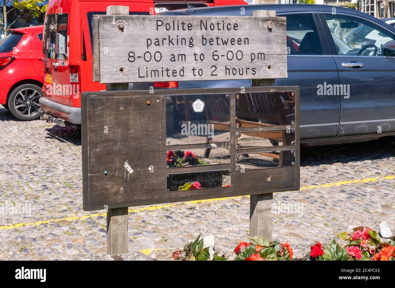 25.06.2020 Grassington, North Yorkshire, UK Car parking notice in the centre of Grassington in North Yorkshire Stock Photo