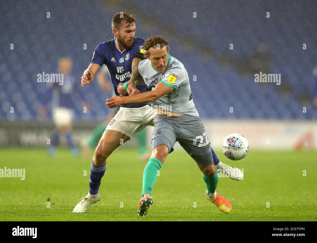 Cardiff City S Joe Ralls Left And Blackburn Rovers Lewis Holtby Battle For The Ball During The Sky Bet Championship Match At The Cardiff City Stadium Stock Photo Alamy