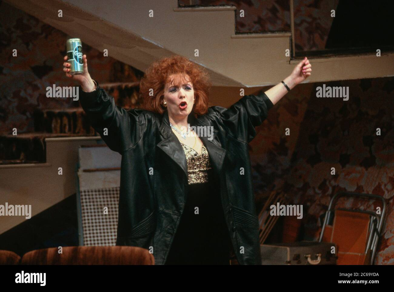 Alison Steadman (Mari Hoff) in THE RISE AND FALL OF LITTLE VOICE by Jim Cartwright at the  Cottesloe Theatre, National Theatre (NT), London SE1 16/06/1992  music: Terry Davies design: William Dudley lighting: Mick Hughes movement: Jane Gibson director: Sam Mendes Stock Photo