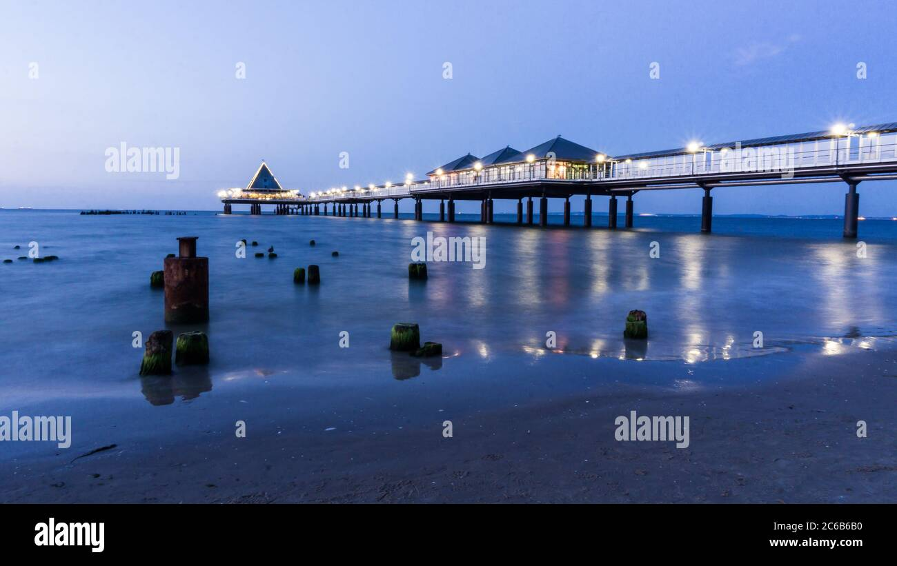 pier of Heringsdorf on island Usedom at night Stock Photo