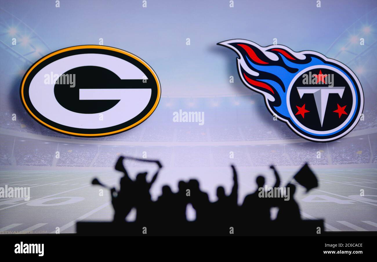 Green Bay Packers Vs Tennessee Titans Fans Support On Nfl Game Silhouette Of Supporters Big Screen With Two Rivals In Background Stock Photo Alamy