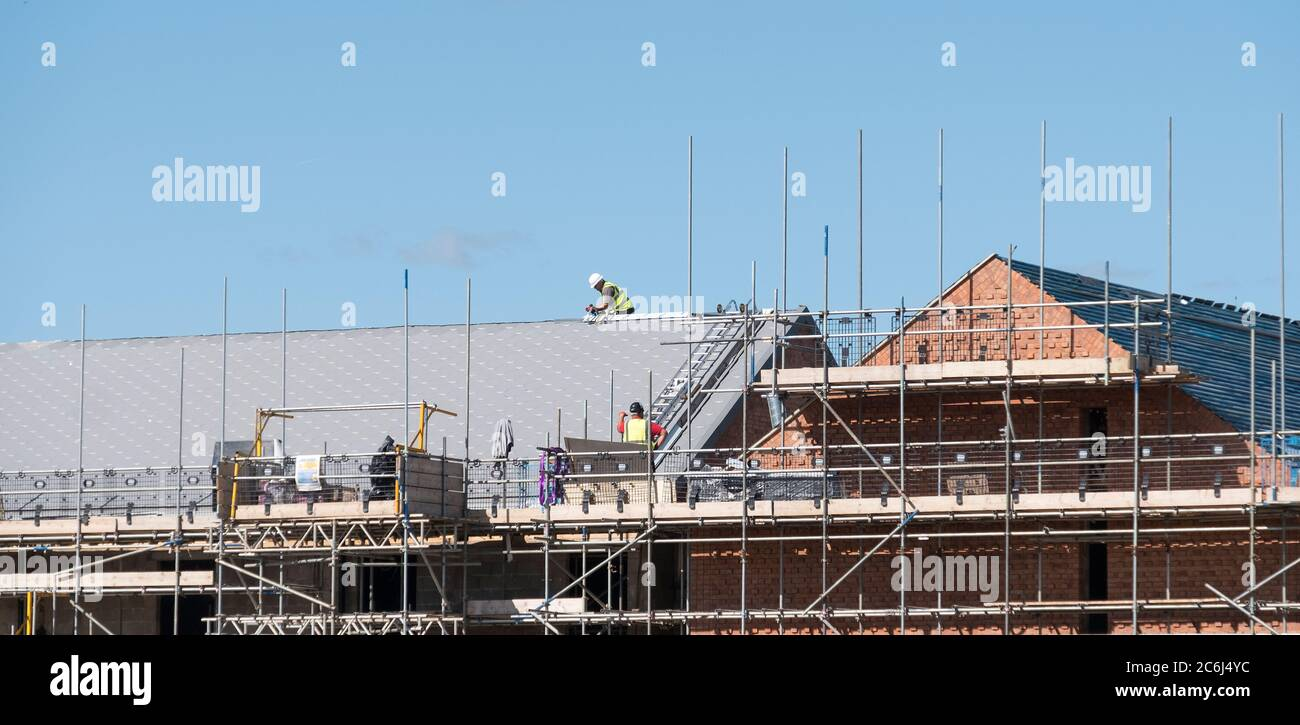 Roof Scaffold High Resolution Stock Photography And Images Alamy