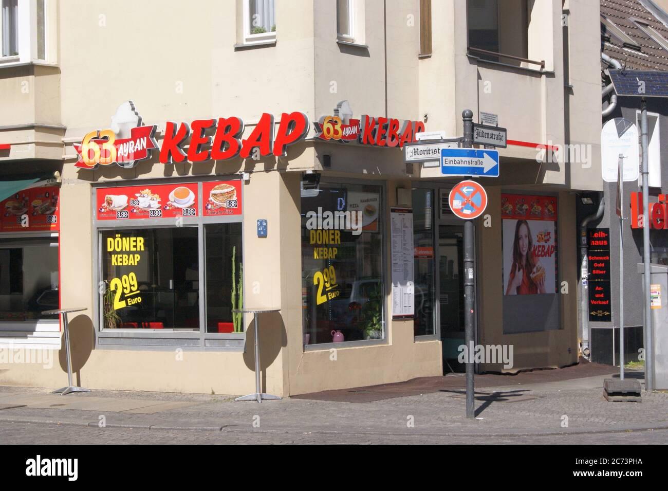 Kebap-Imbiss in der Jüdenstraße Ecke Moritzstraße in der Spandauer Altstadt Stock Photo