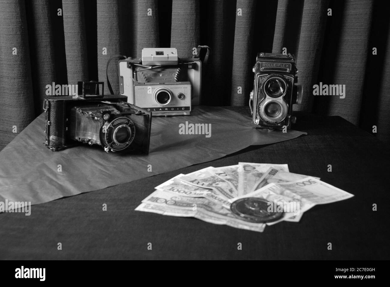 Classic Digital Cameras High Resolution Stock Photography and ...
