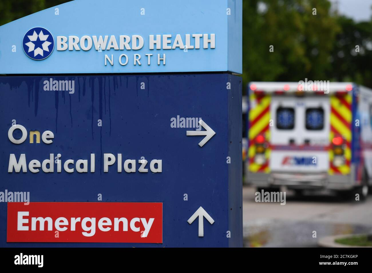 Fort Lauderdale, FL, USA. 17th July, 2020. A general view of Broward Health Hospital as Florida's Department of Health on Friday confirmed 11,000 new cases of COVID-19 in a single day on July 17, 2020 in Fort Lauderdale, Florida. Credit: Mpi04/Media Punch/Alamy Live News Stock Photo