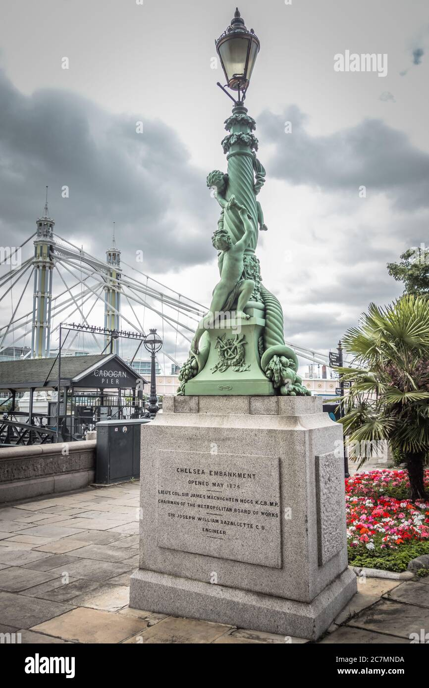 Chelsea Embankment Monument High Resolution Stock Photography And Images Alamy