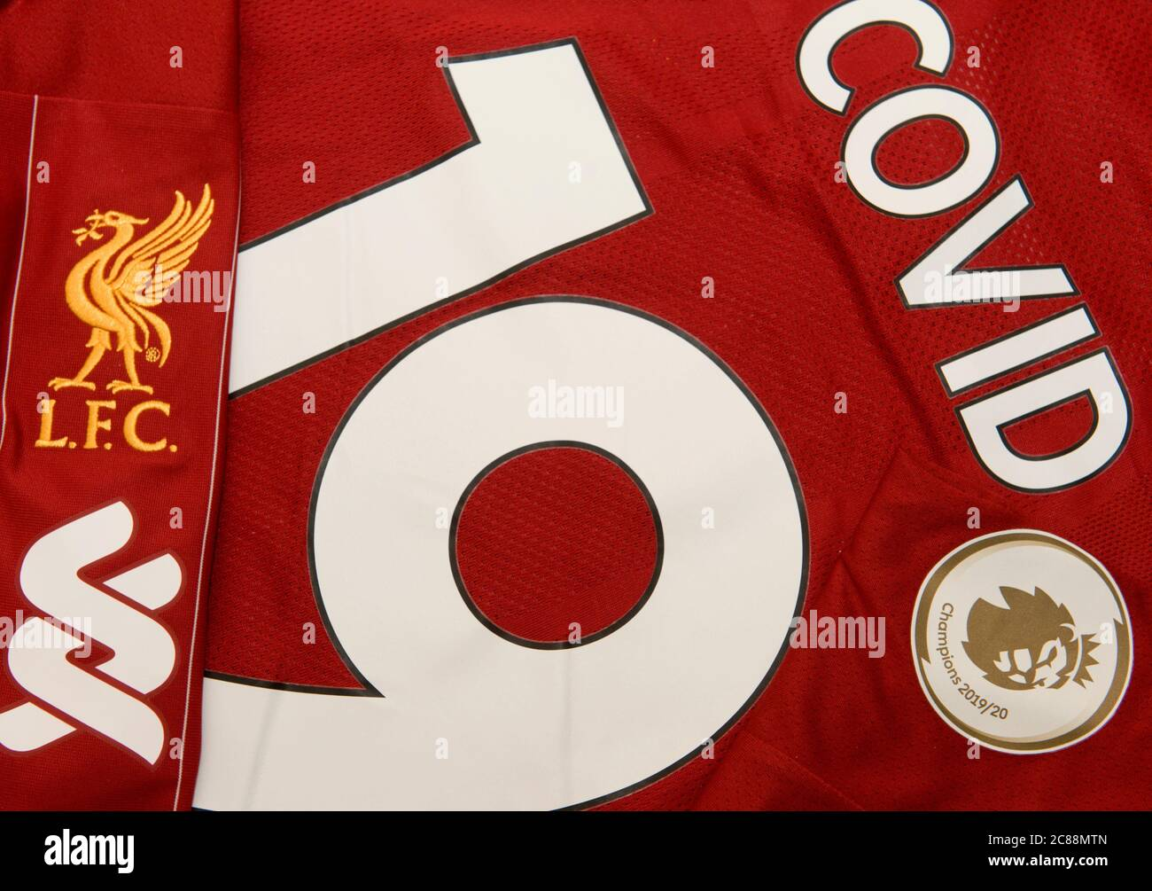 Liverpool Fc Logo High Resolution Stock Photography And Images Alamy