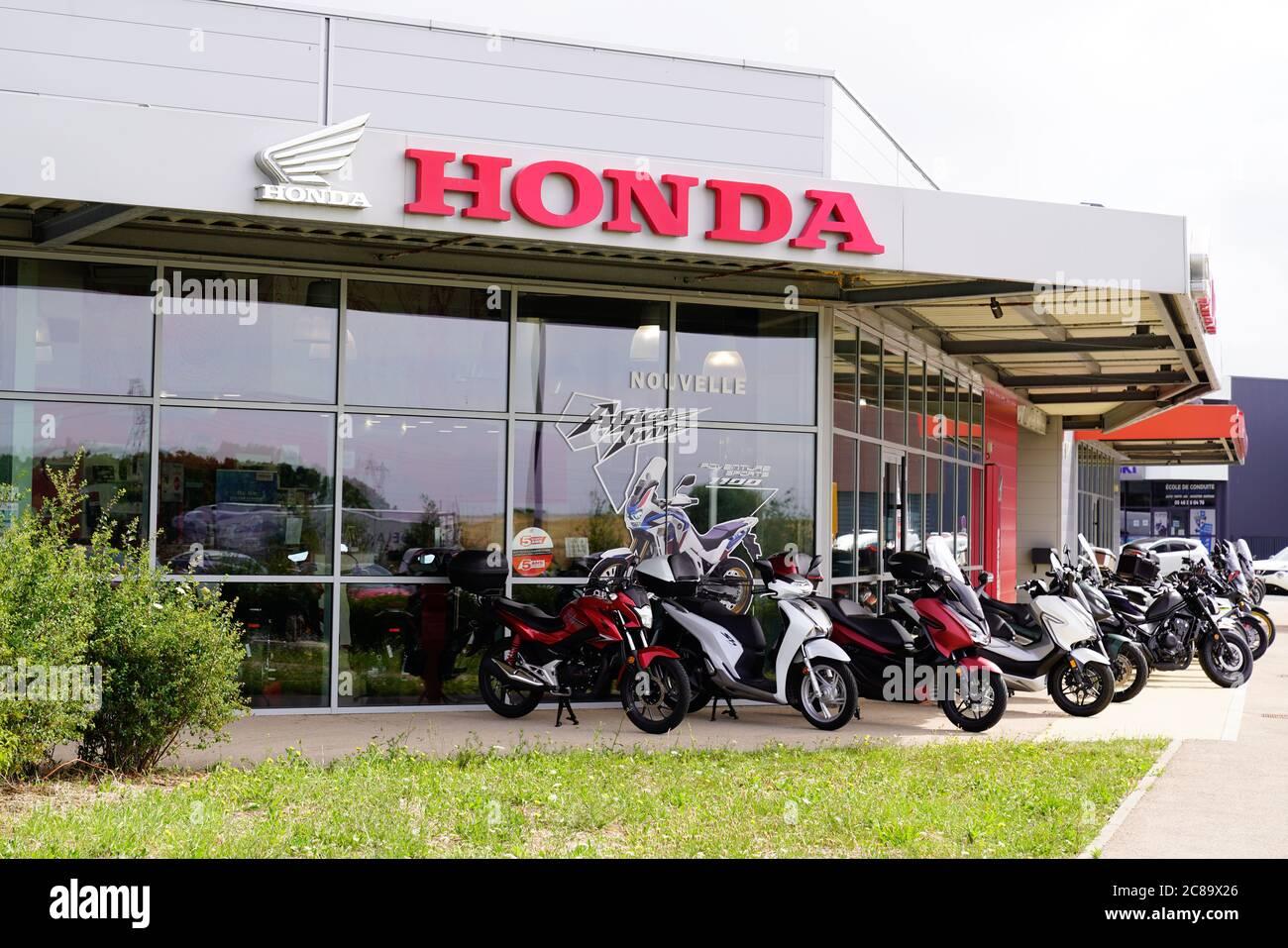 Kekurangan Dealer Honda Tangguh