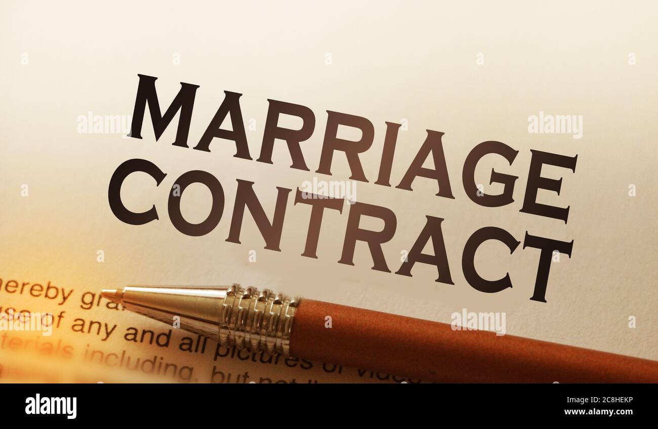 Marriage contract and luxury pen. Pre-marital prenuptial agreement concept Stock Photo