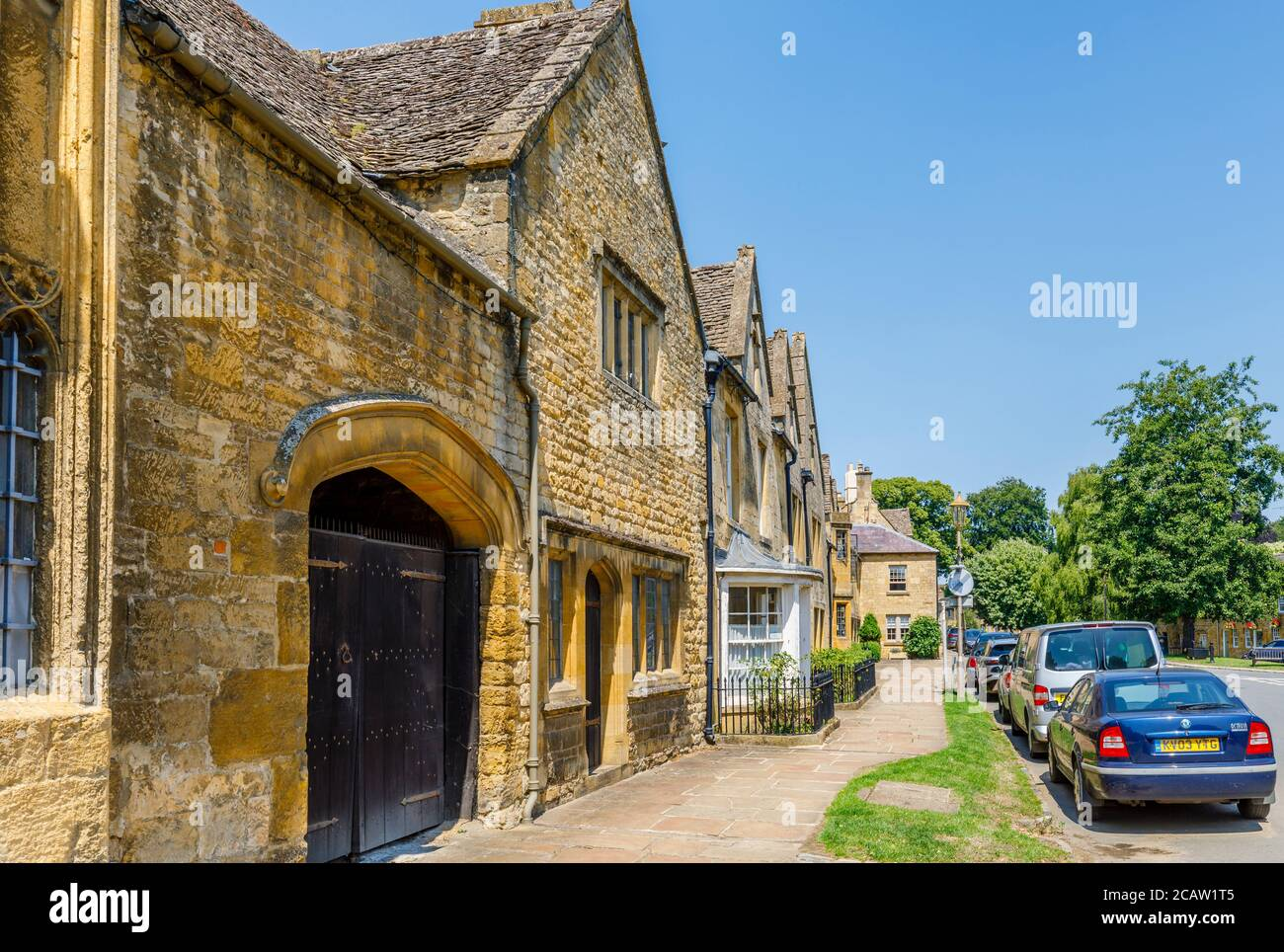 Picturesque roadside traditional Cotswold Stone cottages and buildings in Chipping Campden, a small market town in the Cotswolds in Gloucestershire Stock Photo