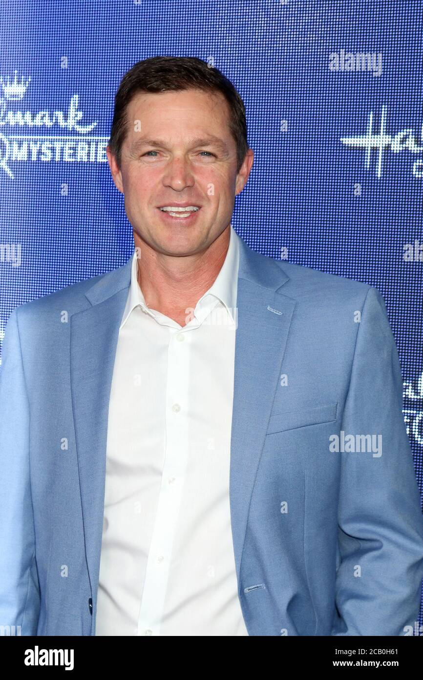eric close robert christmas air hallmark channel