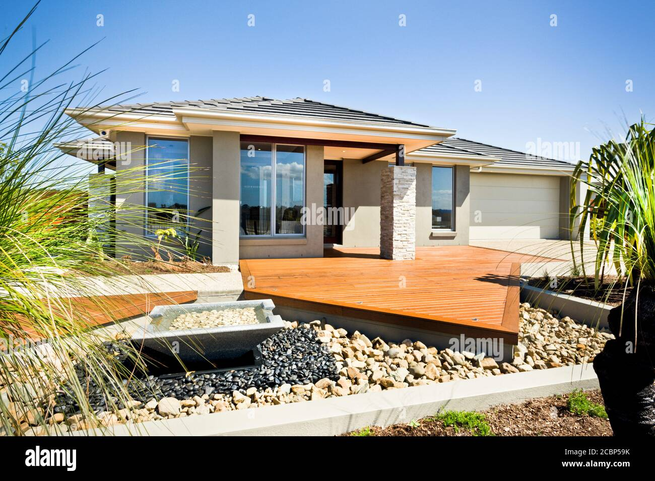 A Luxury Modern House Exterior Real Estate Housing Family Domestic Life Concepts Stock Photo Alamy