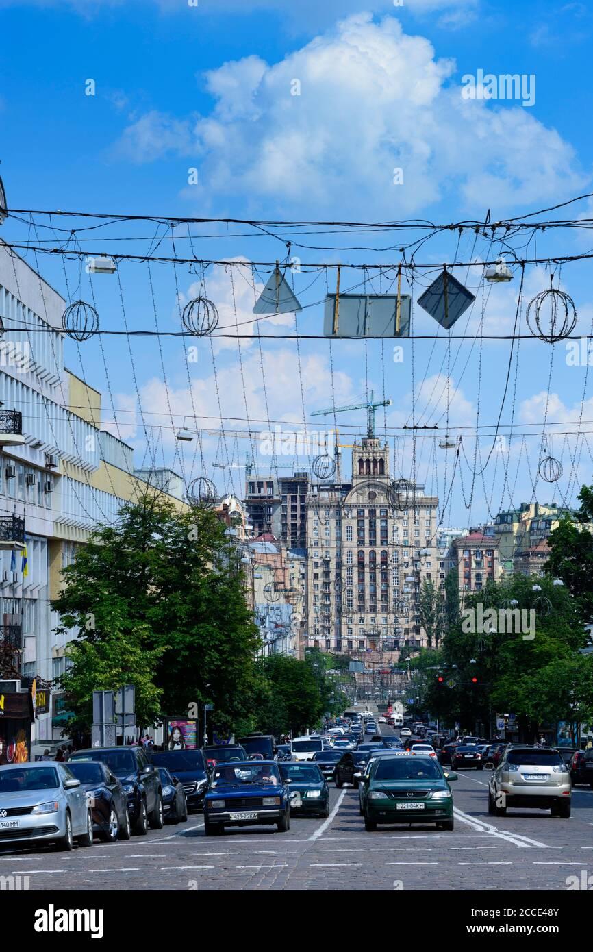 Kiev (Kyiv), view to house at main street Khreshchatyk, Stalinist architecture, street traffic in Kyiv, Ukraine Stock Photo