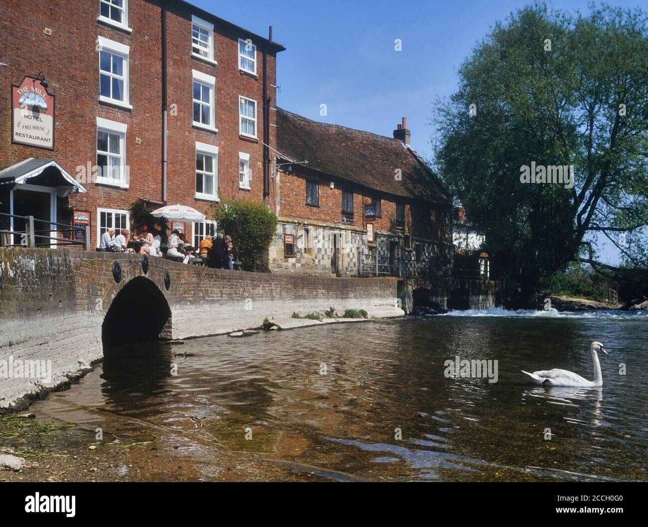 The Old Mill Hotel, restaurant & pub. West Harnham, Salisbury. Wiltshire. England. UK. Circa 1990's Stock Photo
